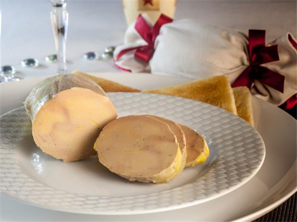 goose foie gras entier mi cuit au torchon 250g serves 4 5. Black Bedroom Furniture Sets. Home Design Ideas